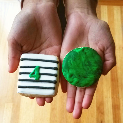 Marble cookies for 4th birthday party favors