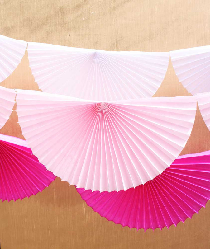 Light Pink Pinwheel Bunting Garland - 10'
