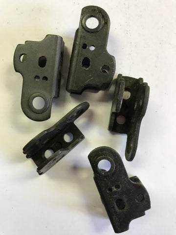 Mossberg .22 disconnector bracket  #435-1443