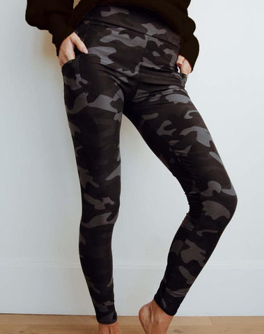 Boutique only  DARK CAMOFLAUGE PATTERN Pocket Leggings - LIMITED STOCK - MORE ON THE WAY ALL SIZES!