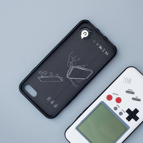 new styles a58c4 7e16d Game Boy iPhone 2-In-1 Case & Retro Game Console