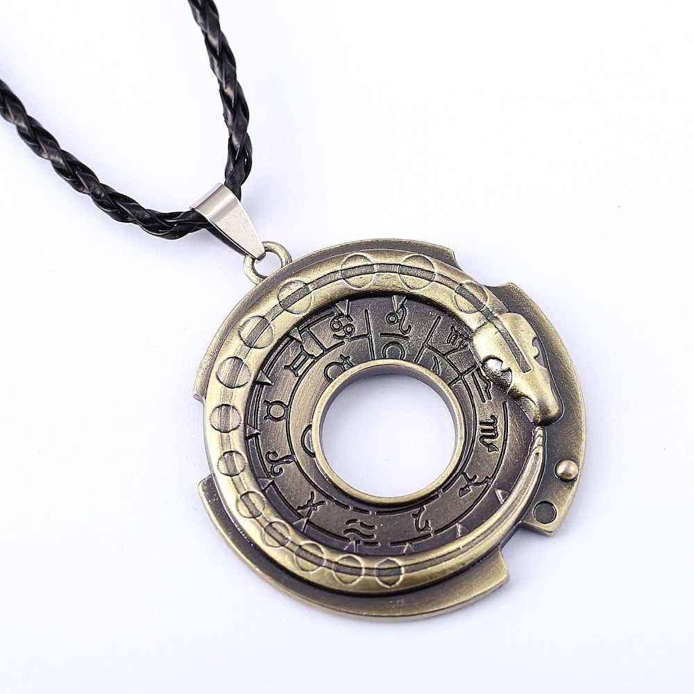 Assassin's Creed Connor's Amulet Necklace - Gamer Treasures