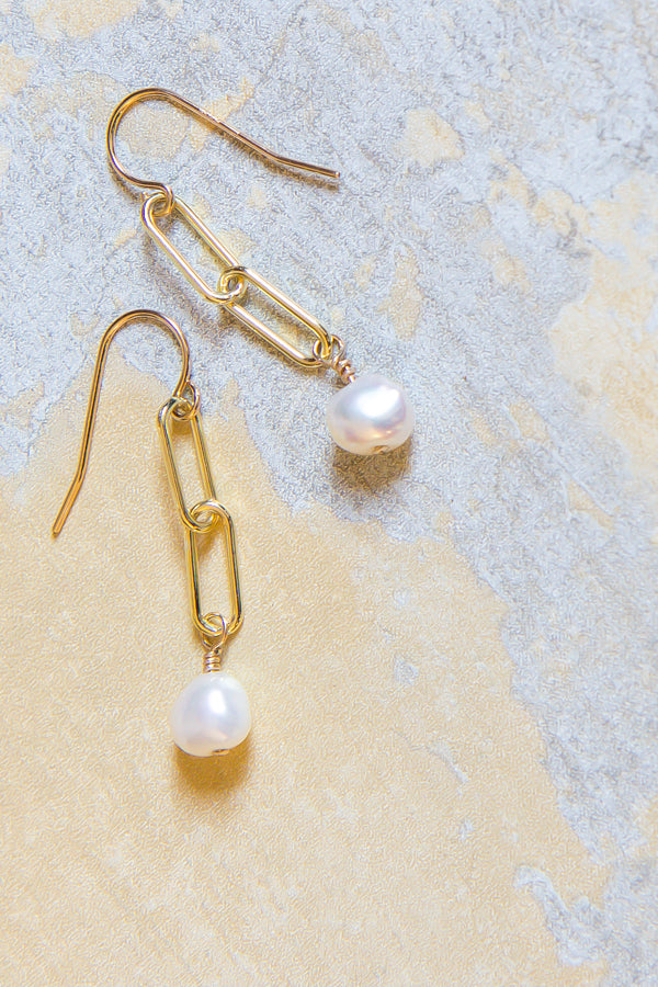 Paperclip Chain and Pearl Earrings
