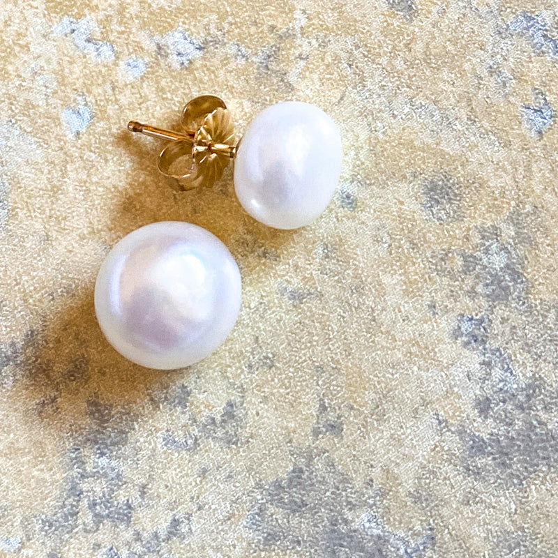 Larkspur Button Pearl Earrings