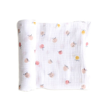 swaddle in strawberry fields - Piper & Chloe