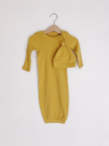knot hat + gown set in mustard