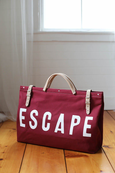 escape bag in cranberry