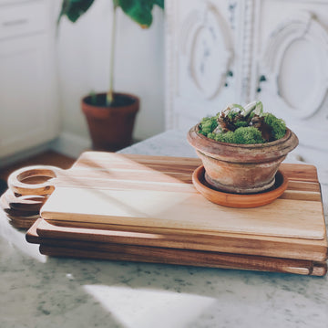 acacia tray & cutting board - Piper & Chloe
