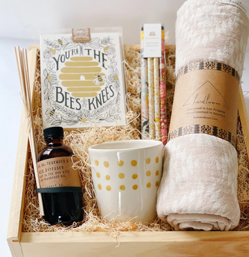 the home away from home gift box includes handloom turkish towel, pf candle diffuser, rifle paper co card set | piper & chloe