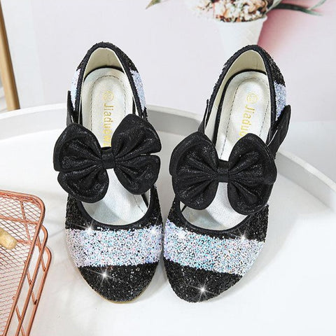 Bowknot Glittered Shoes