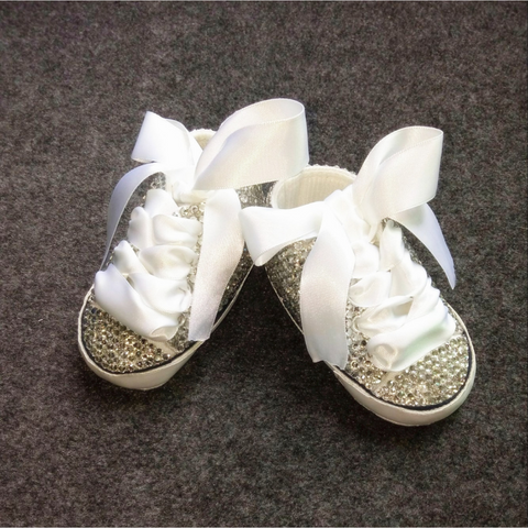 Handmade Glittery Laced Baby Shoes with Bow