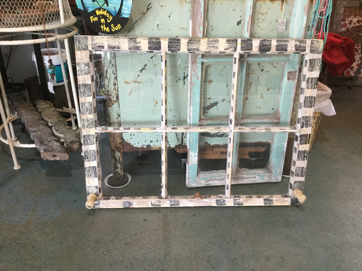 Black &white 6 pane window - VINTAGE JOURNEY MARKET - Upcycling & Restoration