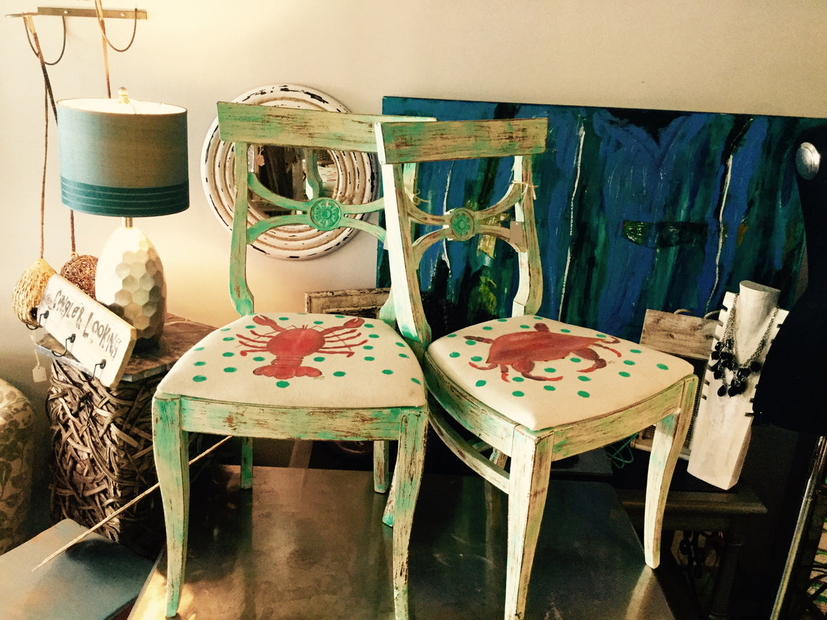Custom Hand painted Chair - VINTAGE JOURNEY MARKET - Upcycling & Restoration