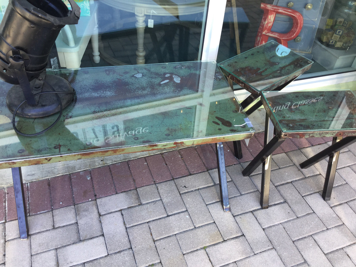 Car hood tables sold as a set of 3 - VINTAGE JOURNEY MARKET - Upcycling & Restoration
