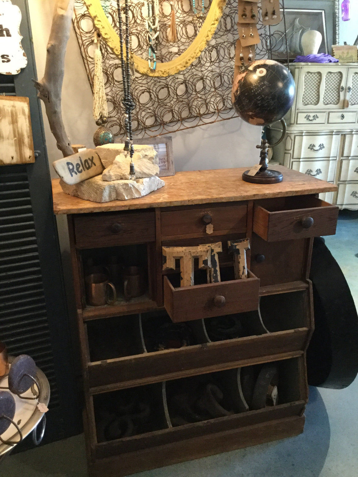 Repurposed General Store Display Case - VINTAGE JOURNEY MARKET - Upcycling & Restoration