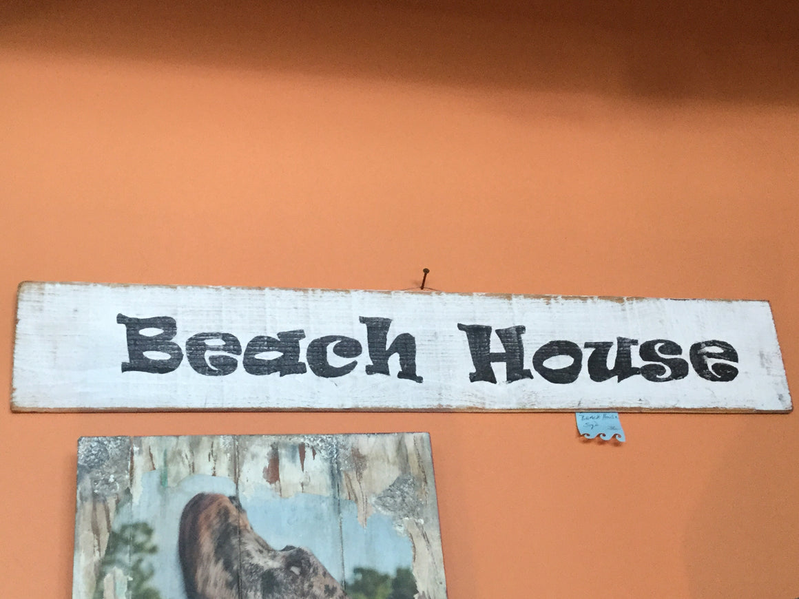 Beach house on white wood - VINTAGE JOURNEY MARKET - Upcycling & Restoration