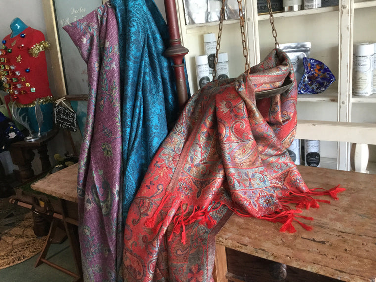 Pashmina (assorted colors) - VINTAGE JOURNEY MARKET - Upcycling & Restoration