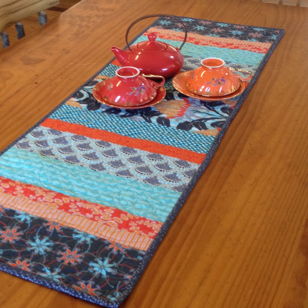 Free Patchwork Pattern - Colours of Australia Table Runner