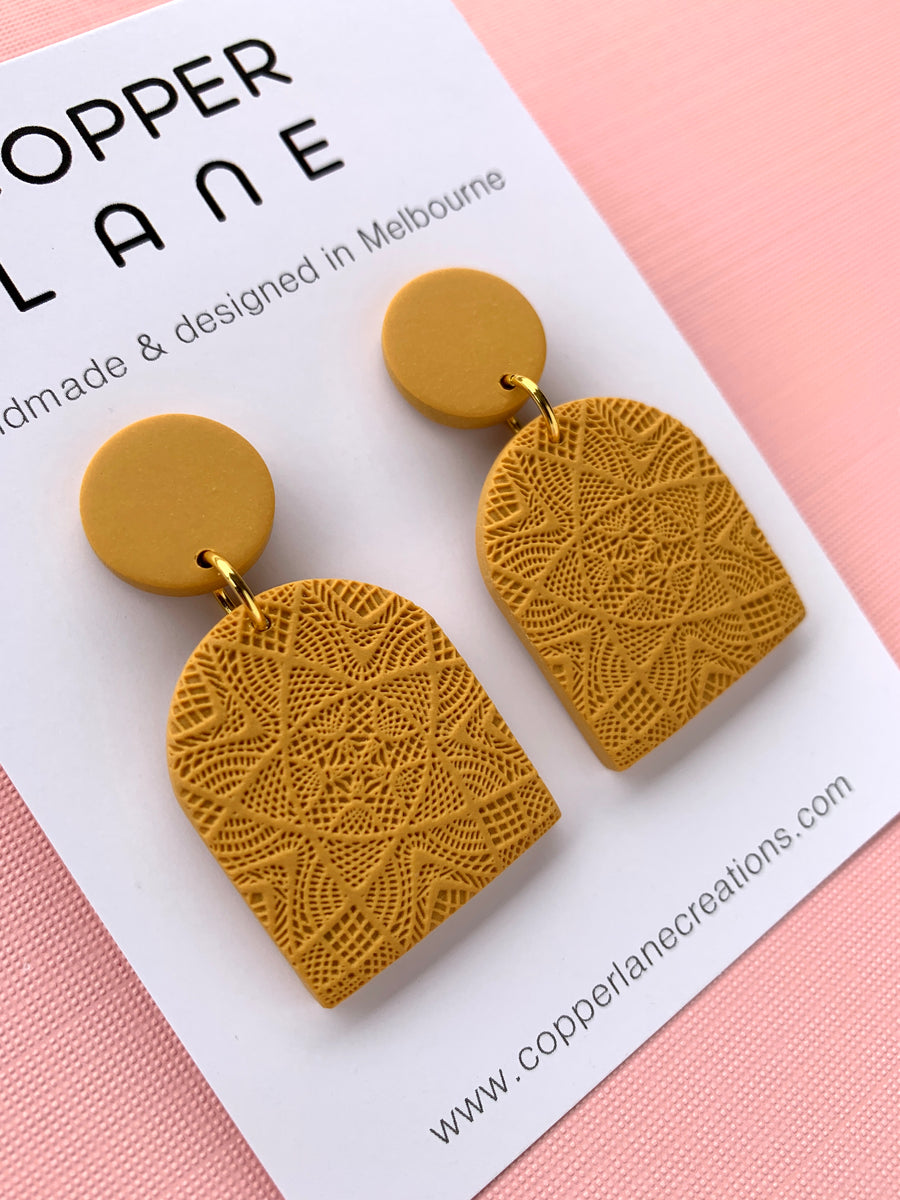 Classics Arch Earrings - Mustard