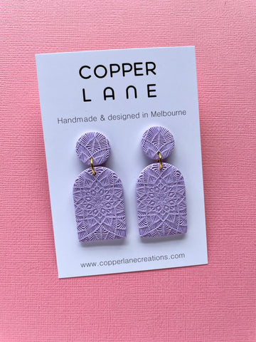 Arch Embossed Earring - LAVENDER