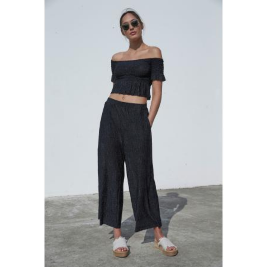Crinkle Cropped Pants
