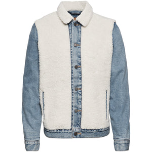 Sherpa Panel Trucker- So Sheepy