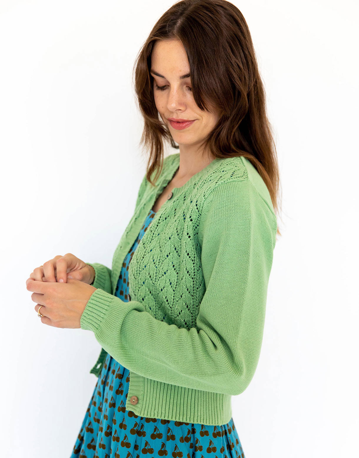 Ava cardigan in Peapod *organic cotton