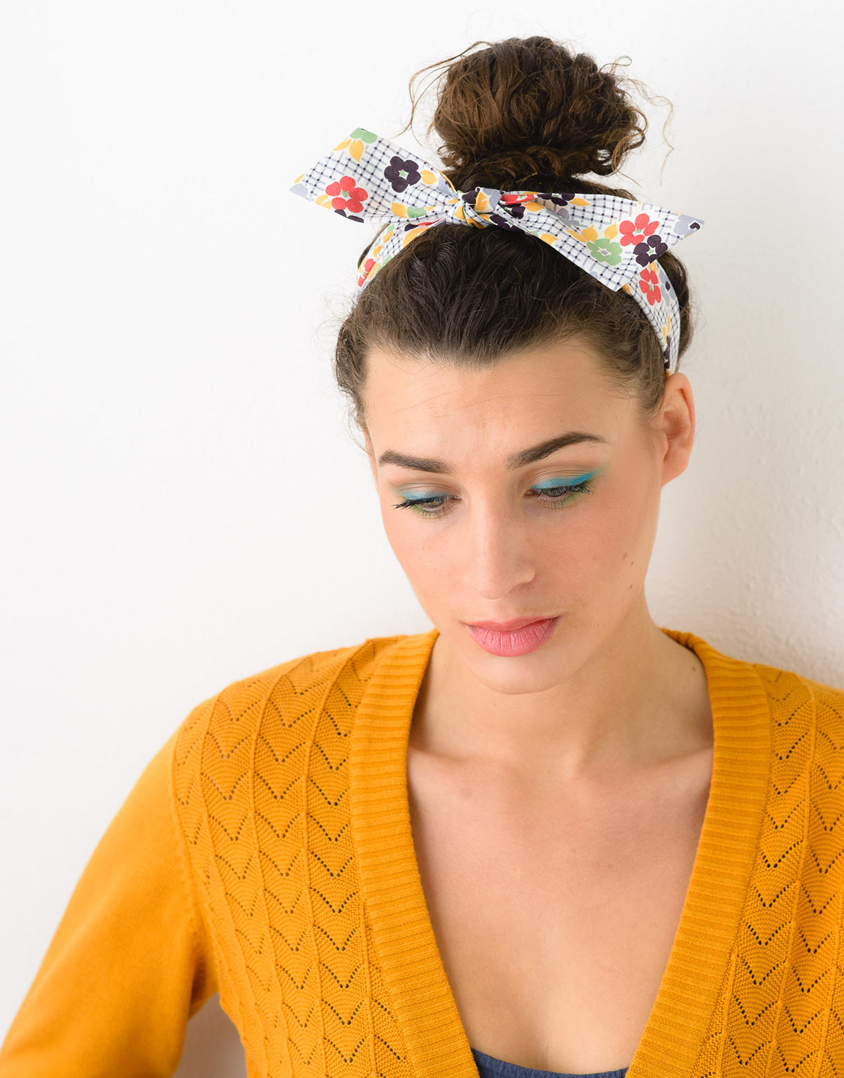 Headband Bow in Daisy