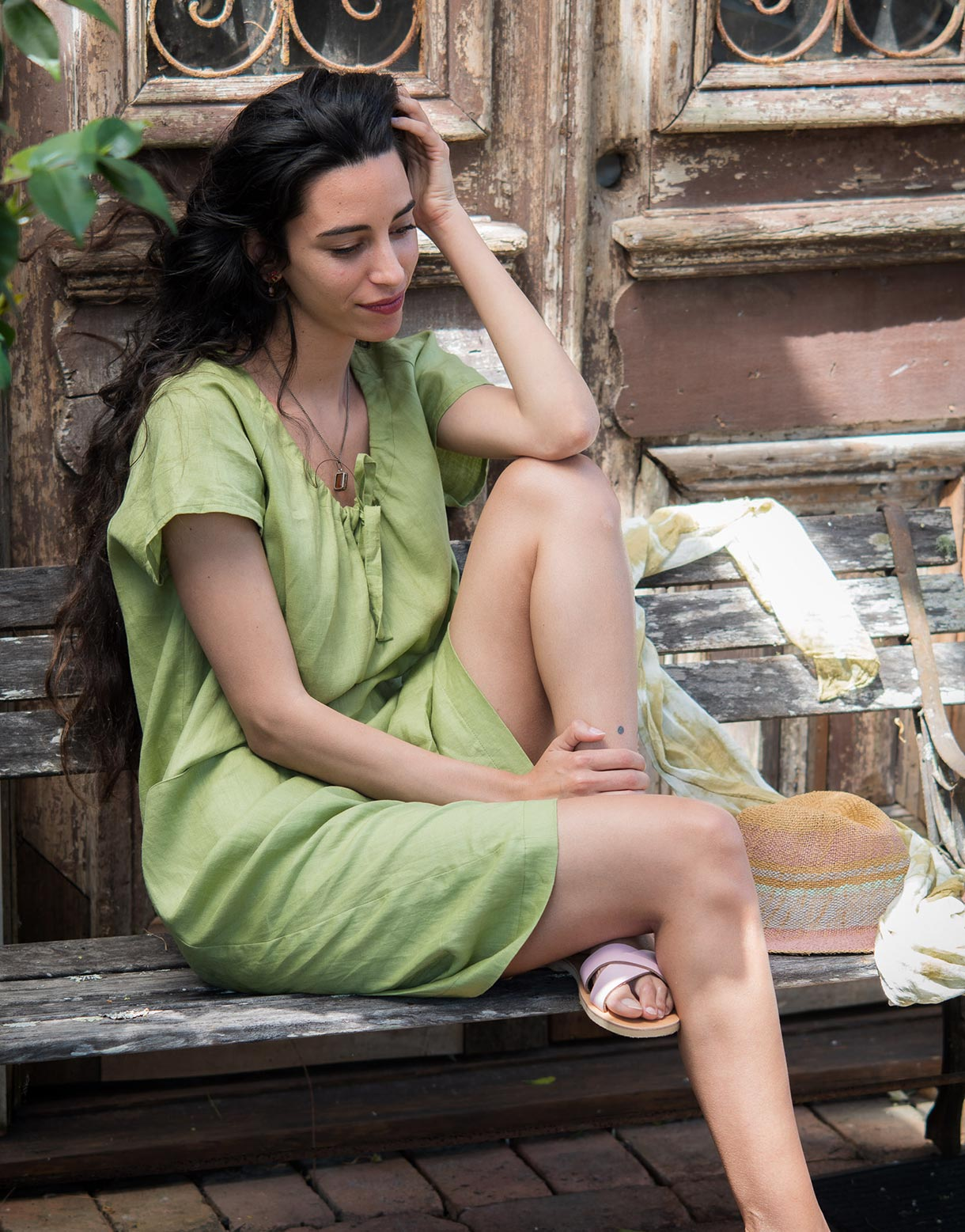 Holly linen dress in Lime