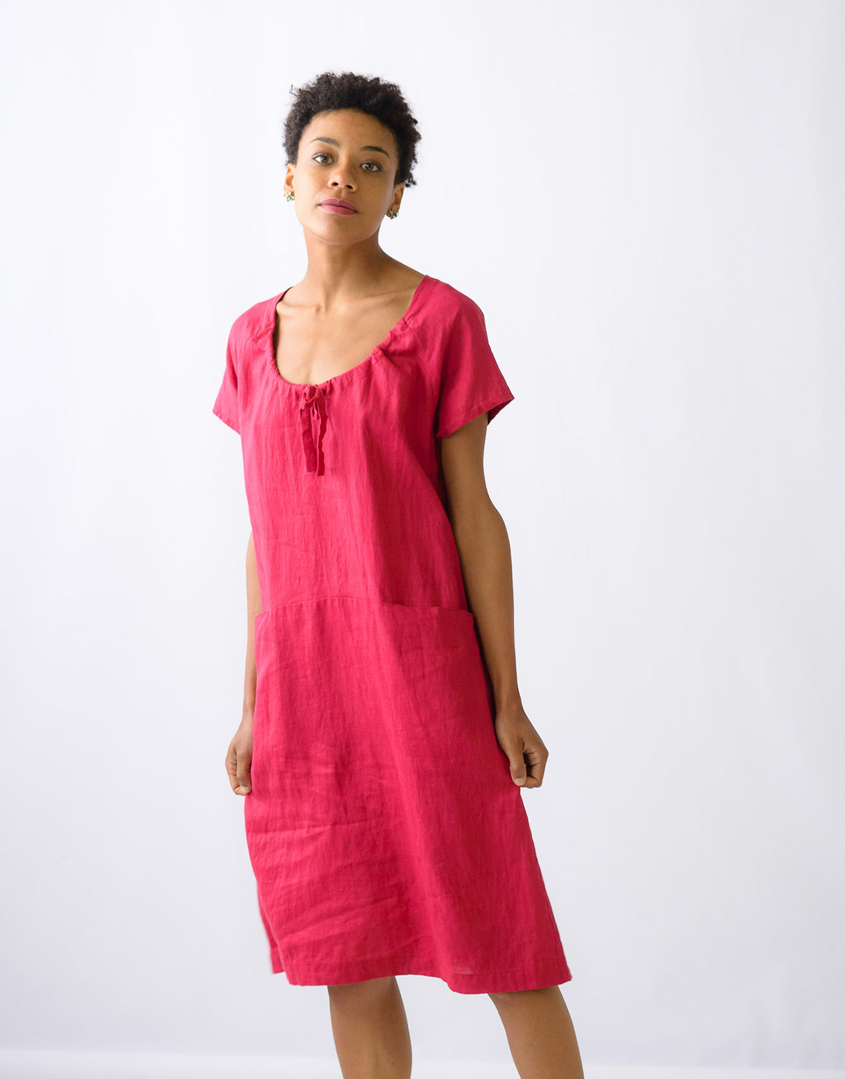 Holly linen dress in Raspberry