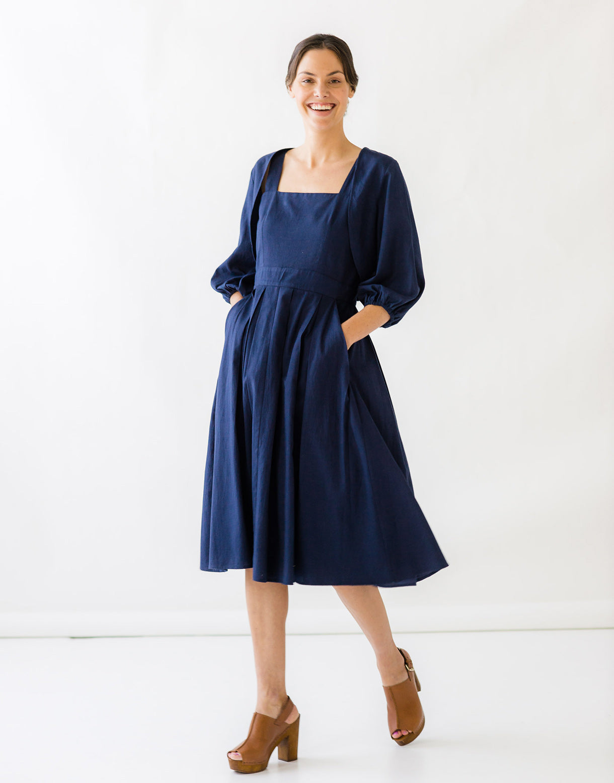 Maddie Shrug in Peacoat Blue *organic cotton / flax