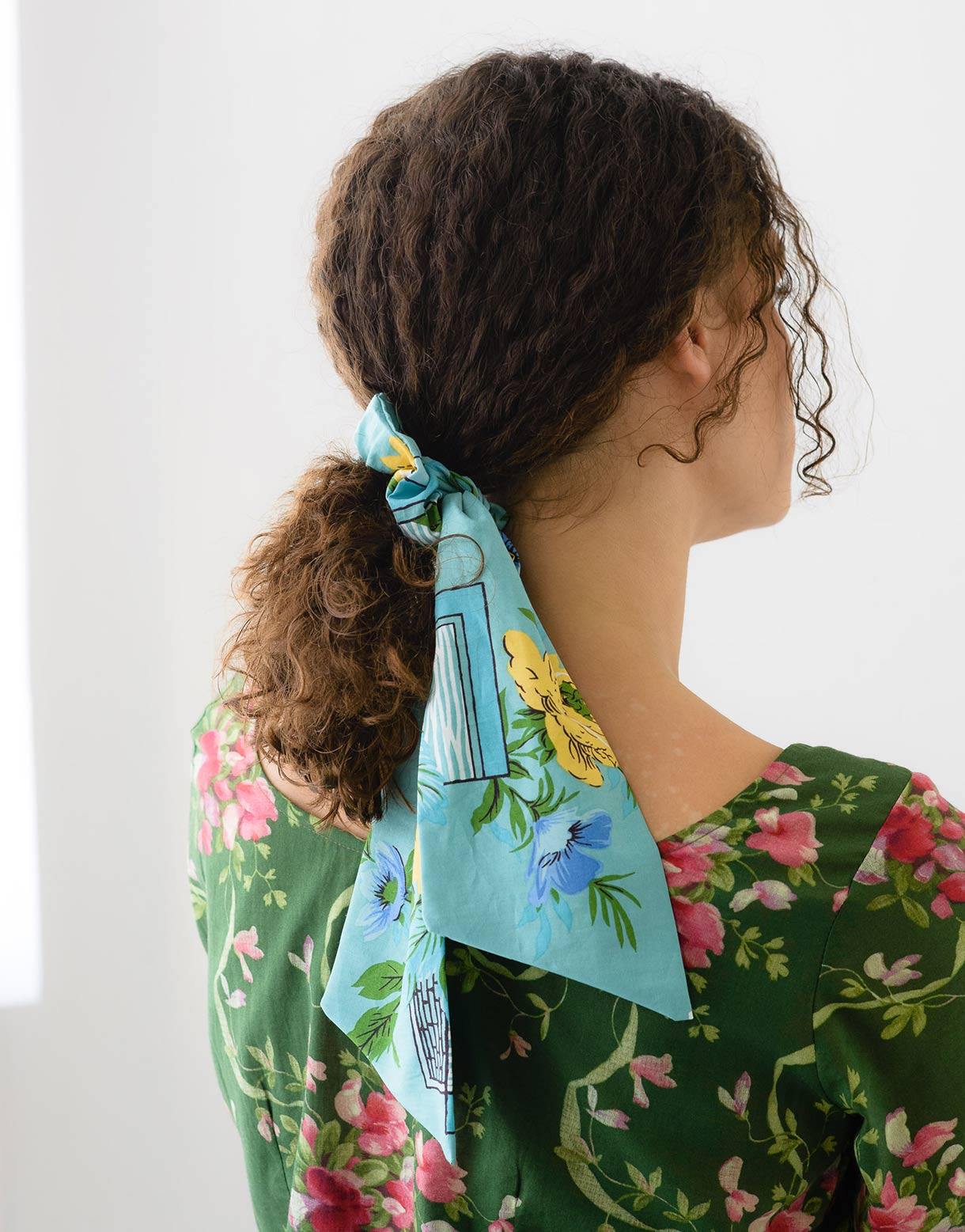 Scrunchie with scarf in Adeline