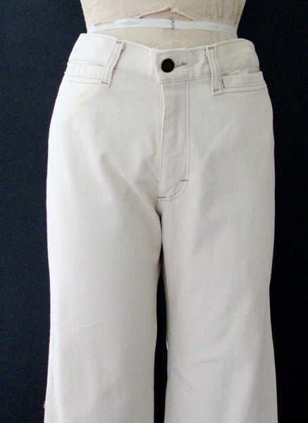 DITTOS Saddleback 70s Mens Wide Flared White Jeans, Waist 34