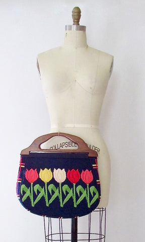 TULIP LOVE 70s Needlepoint Tapestry Clutch Purse
