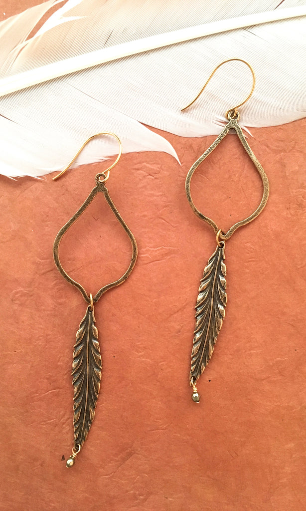 GASPARIAN Feather Earrings