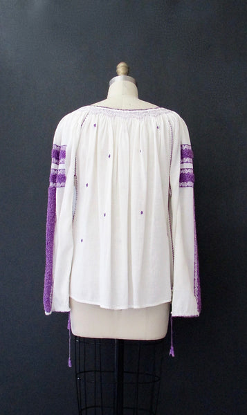 NICE FOLKS 1970s Hand Embroidered Romanian Peasant Top, Sz Small/Med