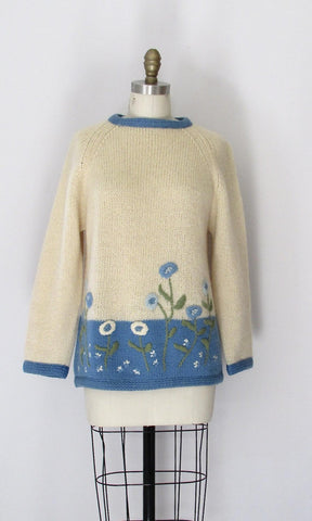 COZY FLORAL 60s Wool Embroidered Bulky Knit Sweater, Size Medium