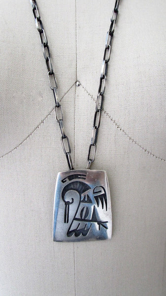 FEATHERED FRIEND 70s  HL YT Hopi Silver Overlay Link Necklace, Pendant Brooch