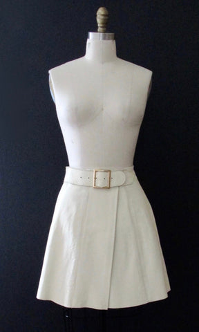 LATIGO WEST 60s White Leather Mini Skirt, Hippie Mod Beatnik, Size Small