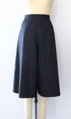 THE RIGHT STRIPE Vintage 70s Black Chalk Stripe Culottes, Medium