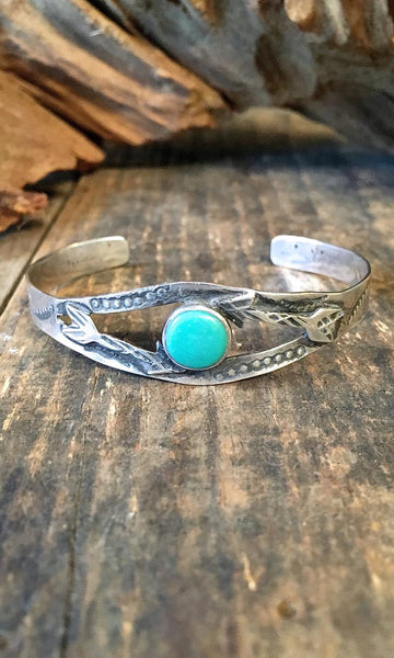 BOW AND ARROWS 1930s Native American Sterling Silver & Turquoise Bracelet