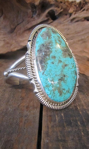 STONE IN LOVE Turquoise and Sterling Silver Navajo Cuff
