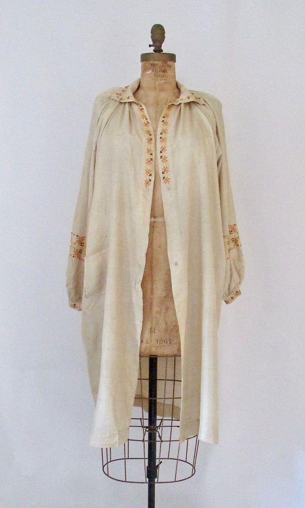 SMOCK FROCK 1920s Embroidered Silk House Coat, Sz Small/Med