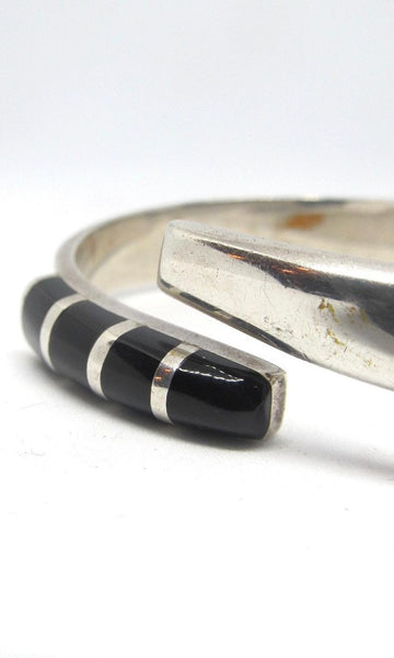 SILVER BLAZE Vintage Sterling and Black Onyx Mexican Clamper Cuff