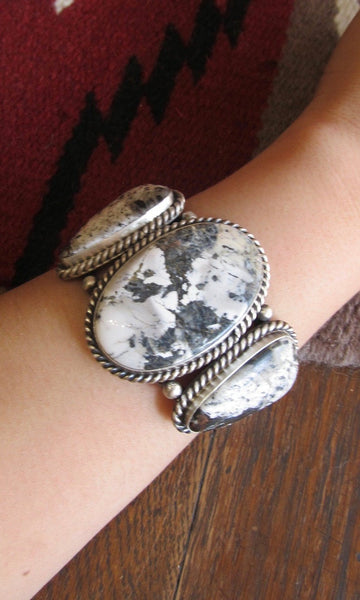 STONE IN LOVE Augustine Largo Large 3 Stone White Buffalo Cuff