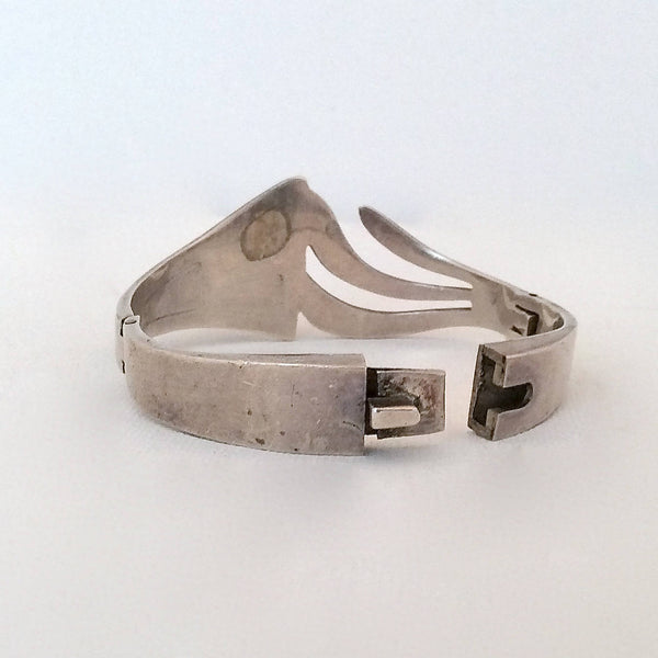 Vintage 70s Bracelet | 1970s Silver and Onyx Closed Cuff | Made in Mexico | 950 Silver | Mexican Arts and Crafts, Hippie, Folk