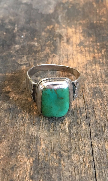 SIMPLE PLEASURES Vintage Silver and Green Turquoise Navajo Ring, Sz 12