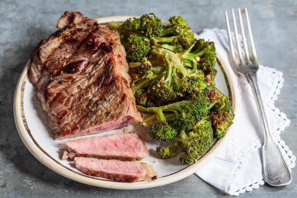 Grilled Molasses and Rum-Glazed Steak With Broccoli 1