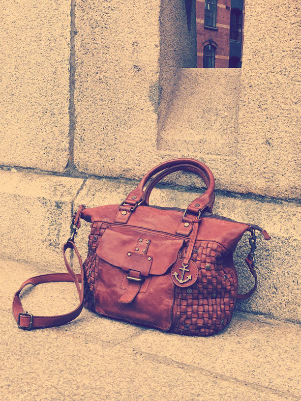 Shopper Tora mit Fronttasche in charming cognac