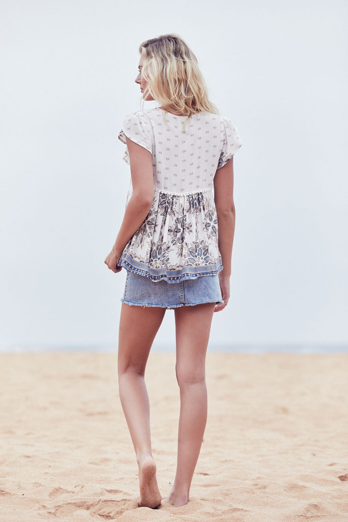 Jaase Ella Top in Gemstone Print